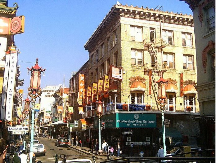 A snapshot of a bustling street in San Francisco Chinatown